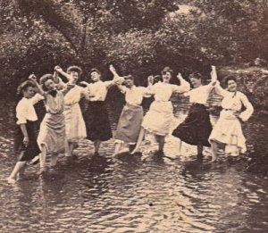 Women Victorian in Pond